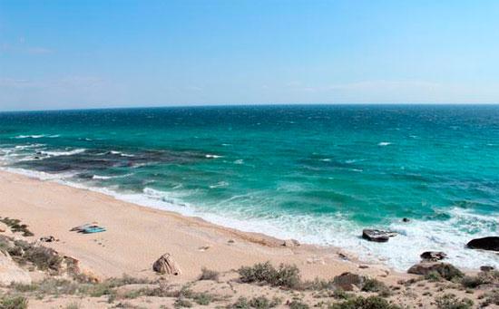 Каспийское море берега площадь климат Пляж на Каспийском море